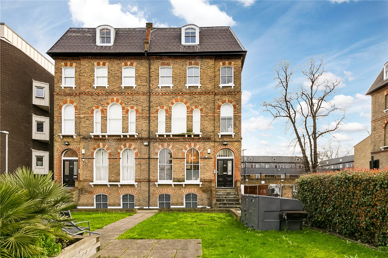 Apartment in Brixton with no stamp duty