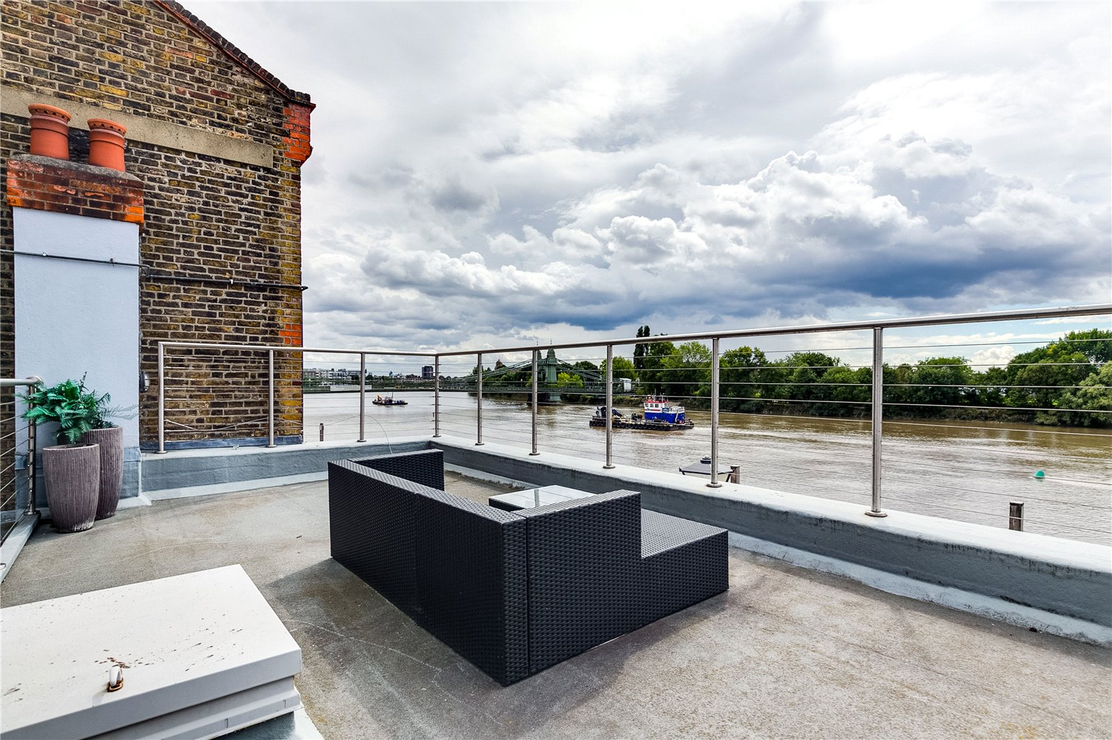 Outside space- roof terrace
