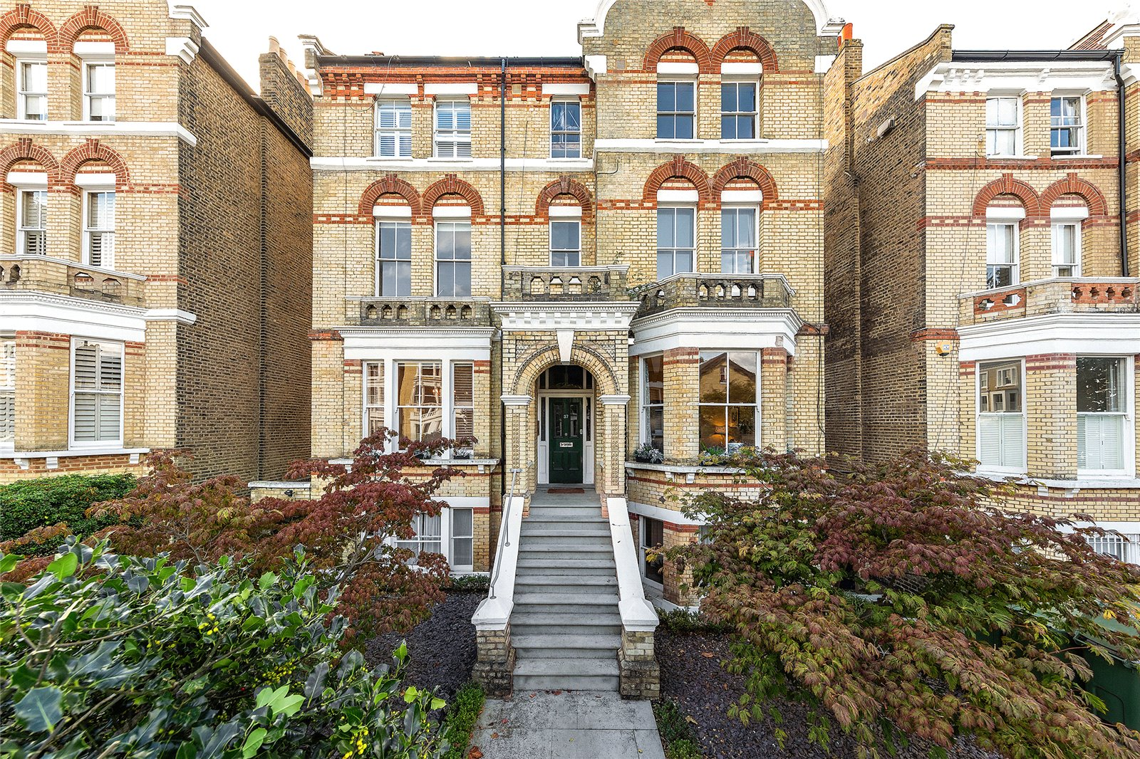 Large house in clapham